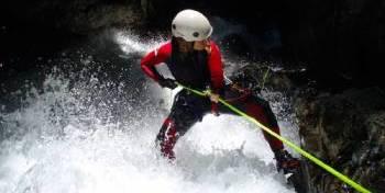 actividades-valle-benasque-cerler-barranquismo
