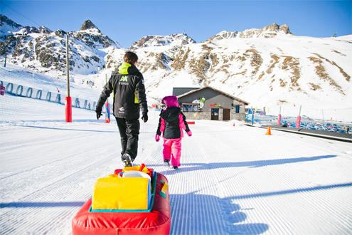 jardin nieve guarderia esqui formigal